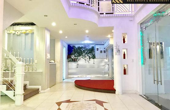 Villa for sale in District 3, Ho Chi Minh City, Viet Nam